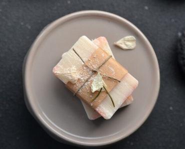 Prirodni sapun uvijen u papir